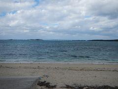 雪塩製塩所の前は西の浜ビーチ。 湾内遠浅のビーチは夏は賑わう場所みたい。