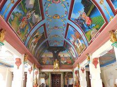 近くにあるスリ・マリアマン寺院にも寄ってみる。こちらはほとんど人がいない。