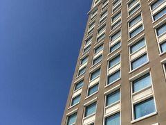 ニッコーサイゴン5階のプールサイドからの写真。乾期に入り快晴。 本当に4年間見慣れた光景を懐かしく思いました。