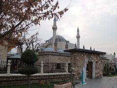 コンヤ市内観光 メヴラーナ博物館 イスラム神秘主義メヴラーナ教団の創始者の霊廟があり、教団の総本山