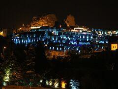 コンヤから3時間、着きました~ カッパドキアの有名洞窟ホテル