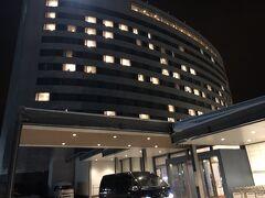 空港近くの営業所でレンタカーをピックアップ。 新富良野プリンスまで2時間の道中でした。