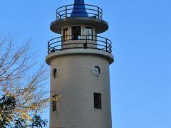 灯台の様な高輪消防署二本榎出張所は現役の消防署です。