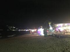 夜のチャウエンビーチ 夜でも賑わっています。 ちょっとお散歩して帰りました。