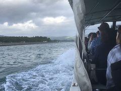 クルーズ船に乗り換えてマングローブクルーズ