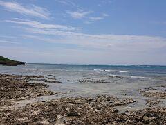 最初は、民宿から自転車で1分くらいの宮里海岸です。