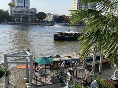 こちらがホテルの舟乗り場・降り場。