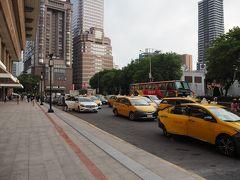 台北市内に到着。都会って感じ!