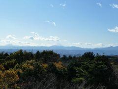途中の展望台からは富士山も見えました。