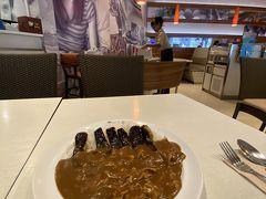 昼飯を食べてなかったので、アソークターミナル21のココイチでカレーを食す。