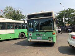 バスターミナルにはまだまだ現役の都バス仕様車両が! がんばれ~