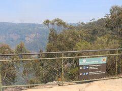 東駅近くの Cliff View 展望台から Prince Henry Cliff Walkを歩いて帰ります。