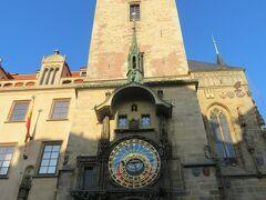 天文時計。  夜に登って、旧市街広場の夜景を見ようと思います。 ・・・ので、今はパス。