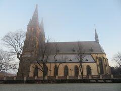 ヴィシェフラッドを象徴する建物である、聖ペテロ聖パウロ教会。