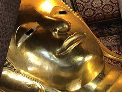 寝釈迦仏がいます。大きくて金ピカ!!