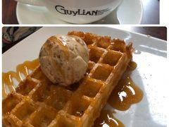 「Guylian Belgian Chocolate Café」  有名チョコレート店のカフェらしい。またまた朝から甘ーいキャラメルワッフル食べてしまいました。まさに、幸せです。。カプチーノとワッフルで、24ドル≒1820円。