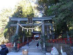 日光の社寺は、 主に「二荒山神社」「東照宮」「輪王寺」の二社一寺から成るヨ。 まずは二荒山神社から。