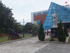 これがダナン博物館の外観。