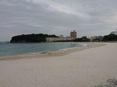 白良浜海水浴場、日本のハワイです。 ハワイのワイキキビーチと友好姉妹ビーチ提携しているそうです。