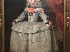 宮廷画家ベラスケスの作品 マルガリータ王女。 自宅一階のトイレ内にこの絵ハガキが飾られていた。