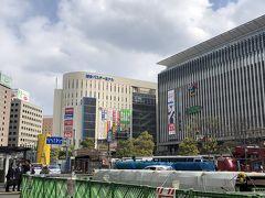 デュークスホテル チェックアウト後、 博多駅隣りのバスターミナルビルのコインロッカーに大きな荷物を入れ 11時ごろ発のバス「大宰府ライナーバス旅人」で大宰府へ。 博多駅から電車でだと乗り換え2回しなくちゃなので直行のバスで。