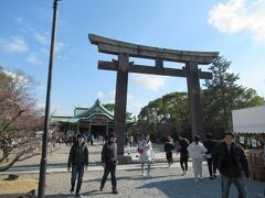 豊国神社を参拝してから駅に向かいます