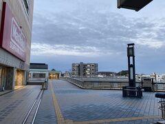 誰もいない有松駅。