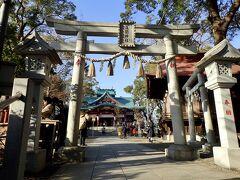 電車に乗って多摩川浅間神社へ移動しました。