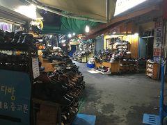 東大門の靴市場  充実した12時間ソウル滞在を終え、インチョン空港へ戻りました