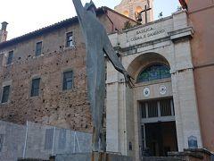 サンティ コズマ ダミアーノ教会