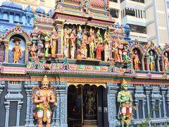 MRT青ラインでベンクーレン下車、ちょこっと歩くと到着。観音堂のすぐ隣にはヒンズー寺院。