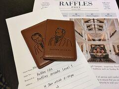 【 Palm Court Suite no.110 】  CX635便で,香港からチャンギ空港に到着したのが2020年1月2日19時ジャスト。 ホテルの送迎車で19:43には,ラッフルズホテルに到着しました。 https://www.raffles.com/singapore/  チェックインは客室で行われます。ジョゼフ・コンラッド(英国の小説家)とアンドレ・マルロー(フランスの作家,冒険家,政治家)のカードキーが渡されました。