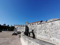 フエルサ要塞。中は戦争博物館となっています。