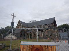2011年の大地震で被害を受けた大聖堂。