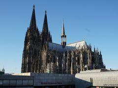 肝心の部屋からの眺めは…? おぉ、素晴らしい! 大聖堂からいい具合に離れているので、全景がバッチリ望めました。