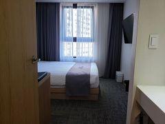 地下鉄「鐘路3街」にある【ホテル呉竹荘】に到着。 チェックインは16時からですが、「前に宿泊してますよね?」と言われ、14時にチェックイン。 早目に部屋に荷物が置けてラッキーです。