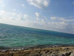 サンマリーナビーチは、環境省の水質調査では最高ランクの『AA』と判定されているそう。