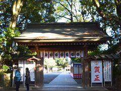 静岡の森町にある遠江の國の一宮 小國神社を参拝した後、豊川に移動し三河の國の一宮、砥鹿神社へ。 愛知県に入りました。 実は私自分で車を運転して移動した場所の中で、今までは浜松から西へ行ったことがなかったのですが、今回初めて愛知県まで車で来ました。