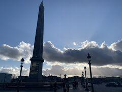 シャンゼリゼを抜けて、コンコルド広場。
