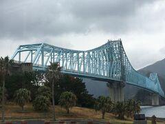 平戸島に戻ります。 見納め生月大橋。 春日集落へ向かいます。