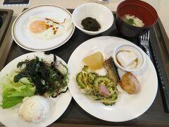 2日目。 ホテルミヤヒラで朝食ビュッフェをいただきました。