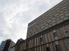 国際通りど真ん中にとっても大きいホテルコレクティブが建設中でしたよ。現在はオープンしましたね。