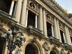 街歩き続き。  またオペラ座を見てからマドレーヌ方面に歩き始めます。