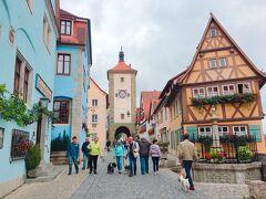こちらはローテンブルクの名所、プレーンライン。 中世ヨーロッパの街並み、素敵!!