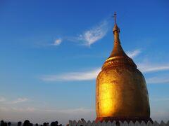 ブー・パヤー  エーヤワディー川沿いの仏塔。 夕日スポットです。