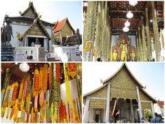 <チェンマイ> Wat Chedi Luang Worawihan 外国人は、入場費(Donation)40THB。左上の渋い色使いのお堂は女人禁制。お堂の入り口で(恐らく)誕生日の曜日に合わせた色の短冊を購入して、各自竿でかけていました。私は木曜日生まれなのでオレンジ色らしい。 (1THB=約3.7-4.1円)
