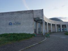 ●シーサイドコスモ  これがそのなにわ海の時空館。 20年近く大阪に住んでいて、初めて建物まで来ました(笑)。