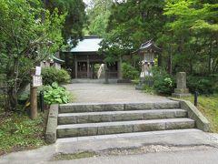 隣にある真山神社に来ました。