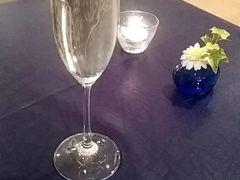 イタリアンレストラン「アクアマーレ」 私はシャンパン@600、息子は烏龍茶@450で乾杯…は、断られましたが…笑 いただきまーす! 普段あまり行かないようなオシャレなレストランに「オレ場違いじゃね?浮いてね?」と、怯む息子ww