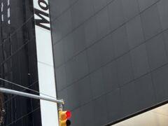 ニューヨーク近代美術館 (MOMA)へ  ちょうど改装が終わっていて新しくなっていました